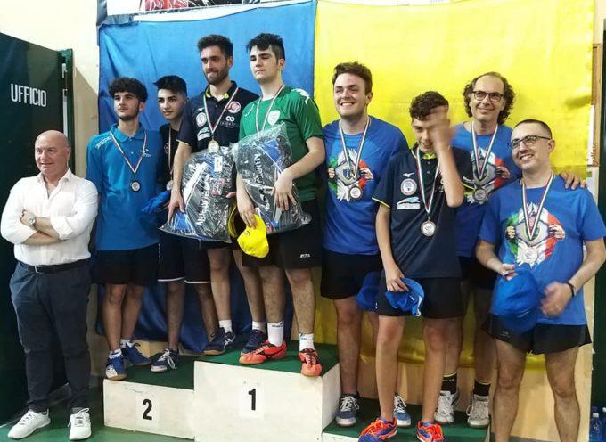 Vito De Laurentis Campione regionale di doppio 5^ cat. !!!